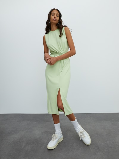 EDITED Kleid 'Nadine' in mint, Modelansicht