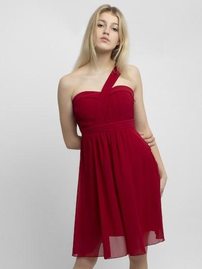 APART Kleid in rot, Modelansicht
