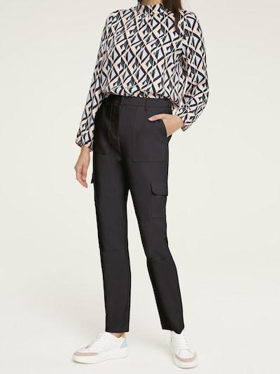 Pantaloni cu buzunare heine pe negru, Vizualizare model