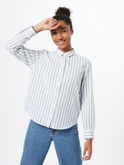 LEVI'S Bluse i dueblå / hvid, Modelvisning