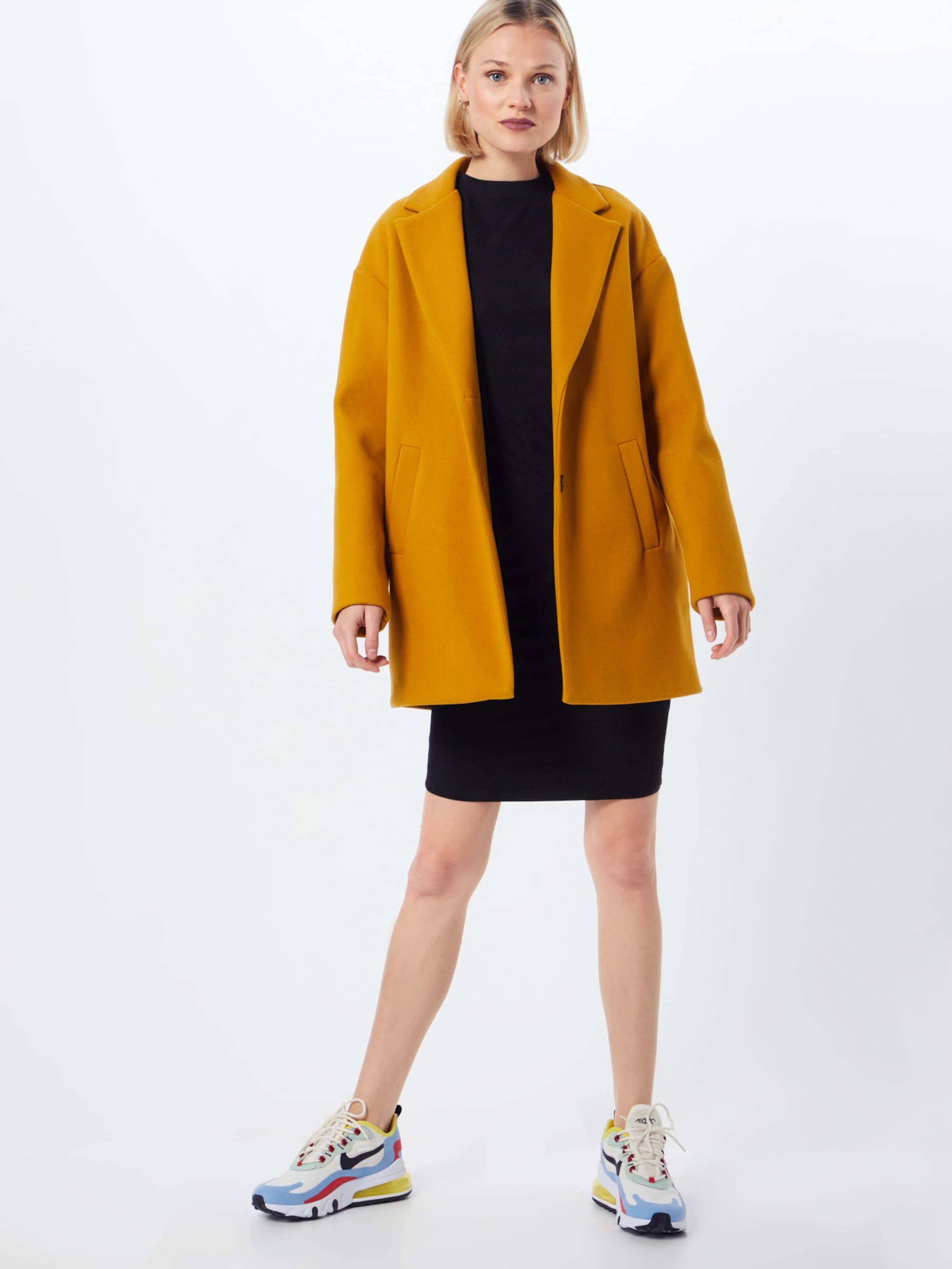 Urban Classics Klänning 'Ladies Peached Rib Dress LS' i svart