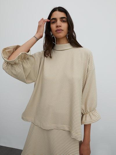 EDITED Bluse 'Marianne' in karamell, Modelansicht