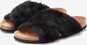 LASCANA Slippers in Black