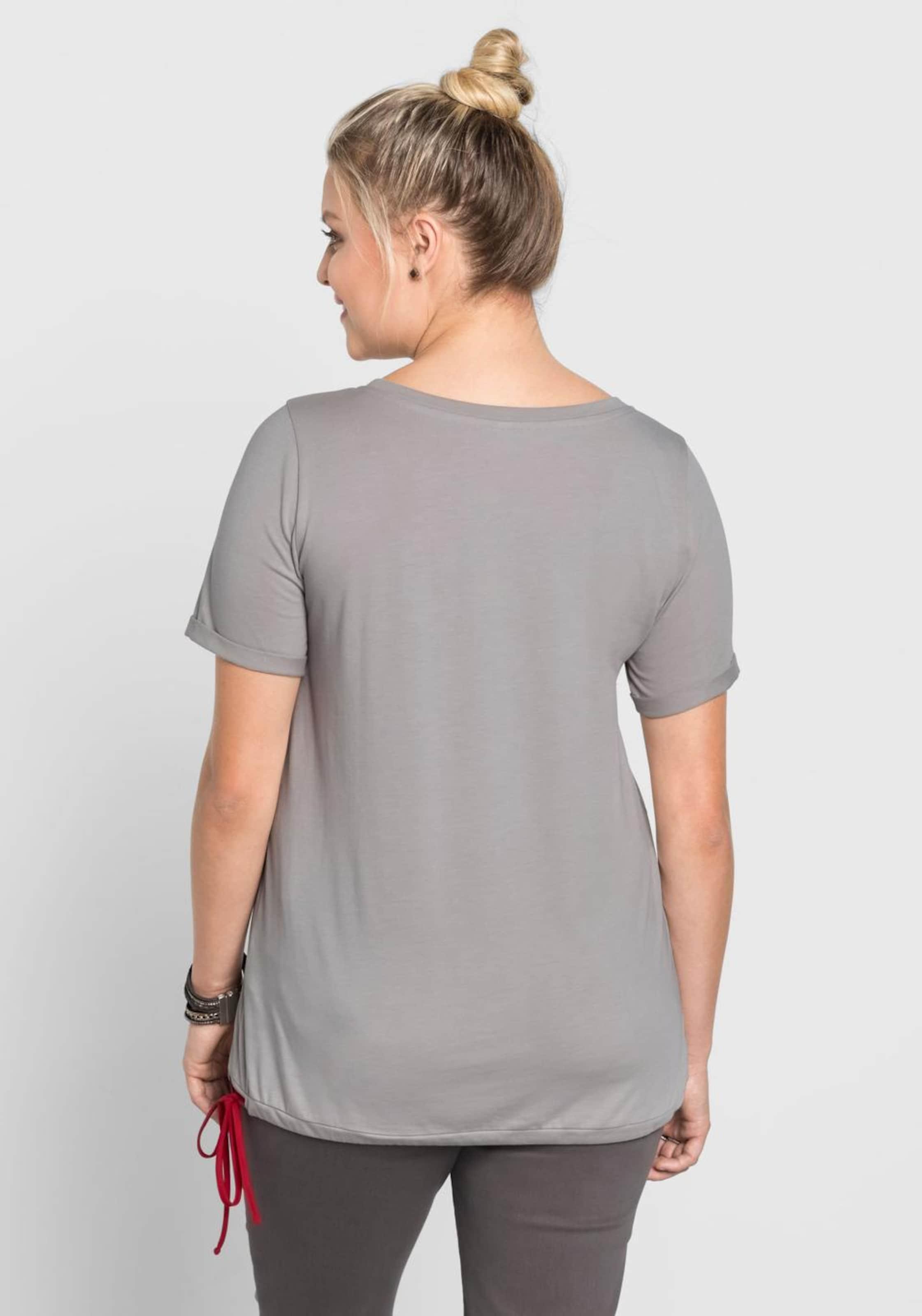 sheeGOTit T-Shirt Für Schöne Günstig Online Freies Verschiffen Viele Arten Von Auslass Beste Ort 8t3dMPy3