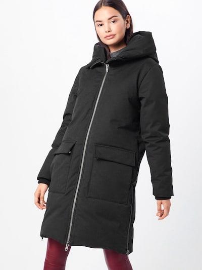 minimum Mantel 'Korna' in schwarz, Modelansicht