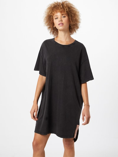 ROXY Kleid in schwarz, Modelansicht