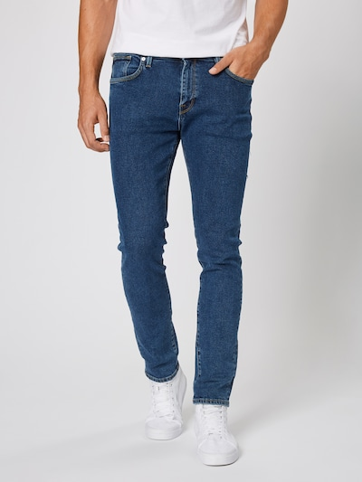 SELECTED HOMME Jeans 'SLHSLIM-LEON 3010 M.BLUE ST JEANS W NOOS' in blue denim, Modelansicht