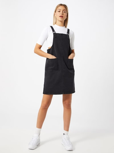 Noisy may Overgooier 'NMLAURA DUNGAREE DRESS' in de kleur Grijs, Modelweergave
