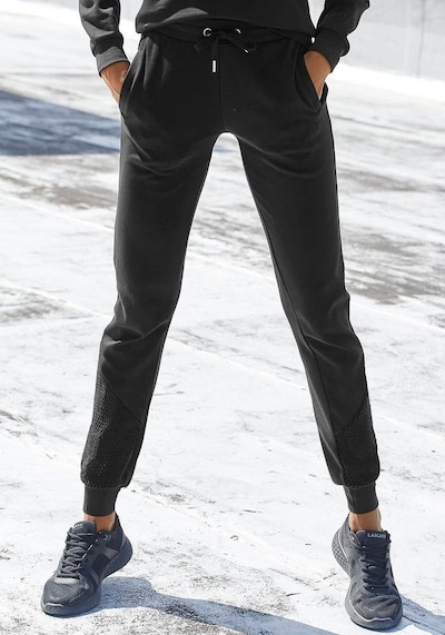 KangaROOS Sweathose in schwarz, Modelansicht