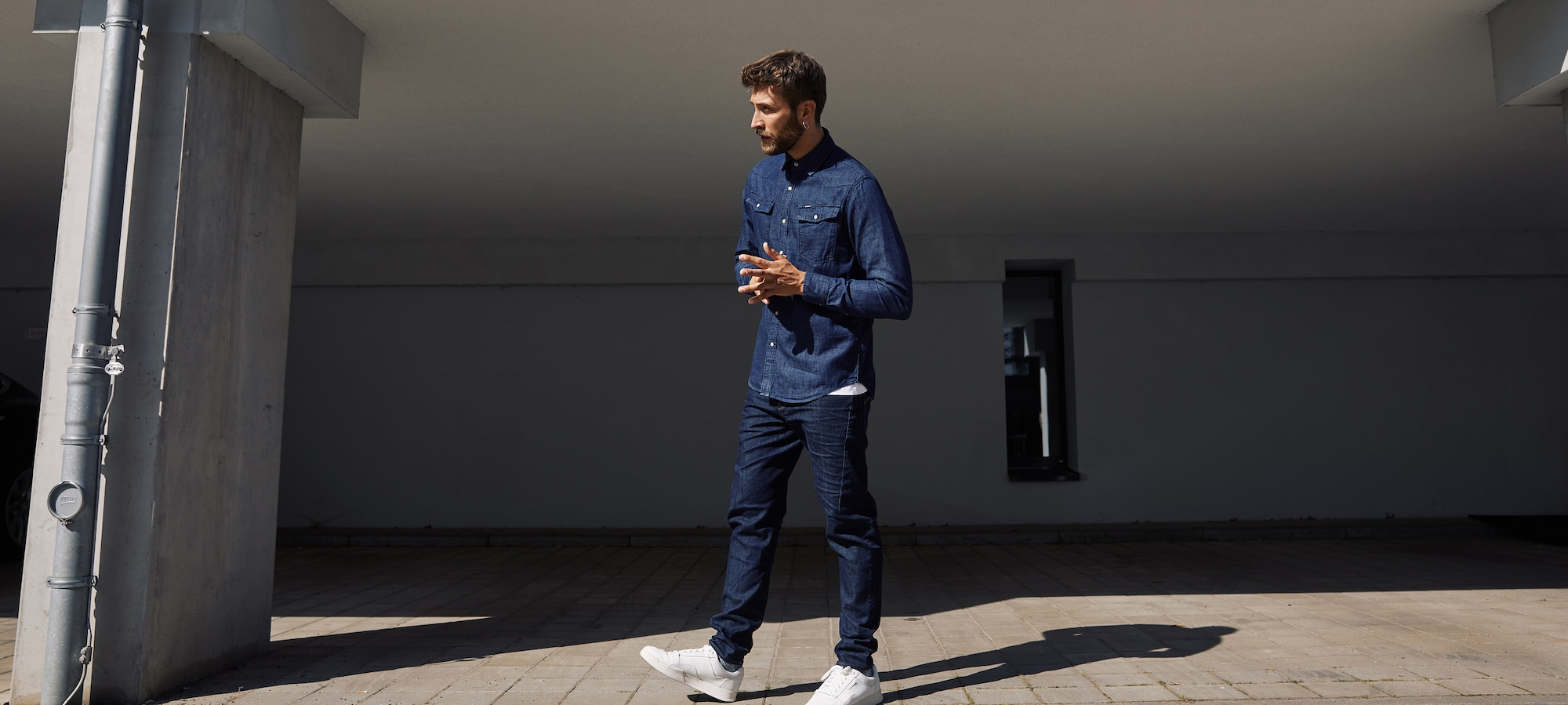 Scutar – The New Slim Tapered Fit G-Star RAW