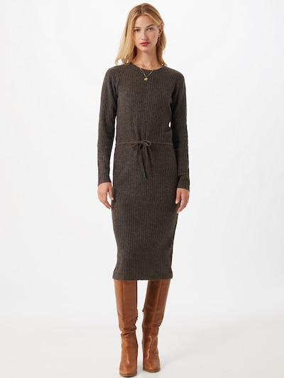 PIECES Gebreide jurk 'Suna' in de kleur Donkerbruin, Modelweergave