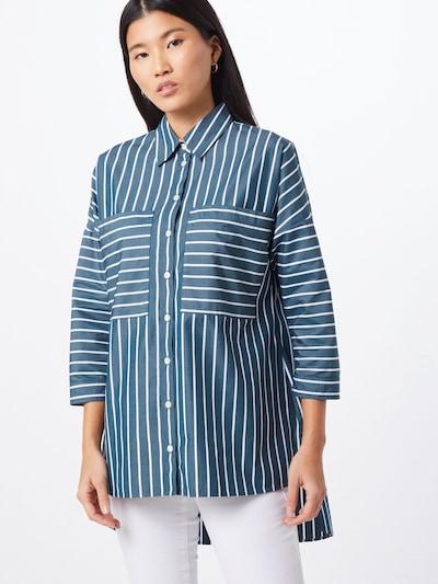 BOSS Bluse 'Cocola' in taubenblau / weiß, Modelansicht