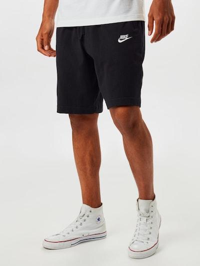 Nike Sportswear Housut värissä musta, Mallinäkymä