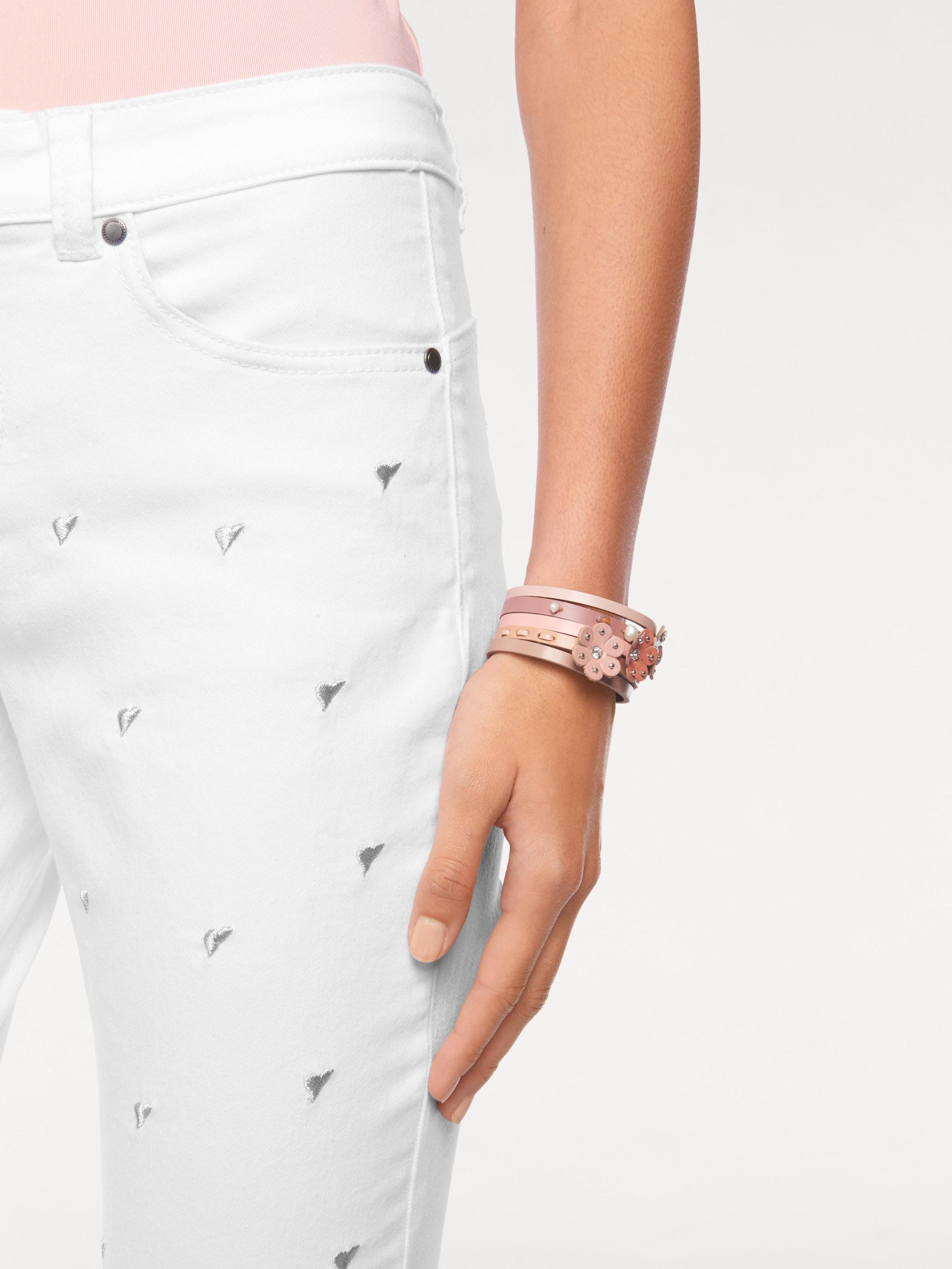 Linea Tesini by heine Jeans mit Herzchen-Stickerei Rabatt Aus Deutschland Rabatt Mit Paypal Von Freiem Verschiffen Des Porzellans Rqc9DD