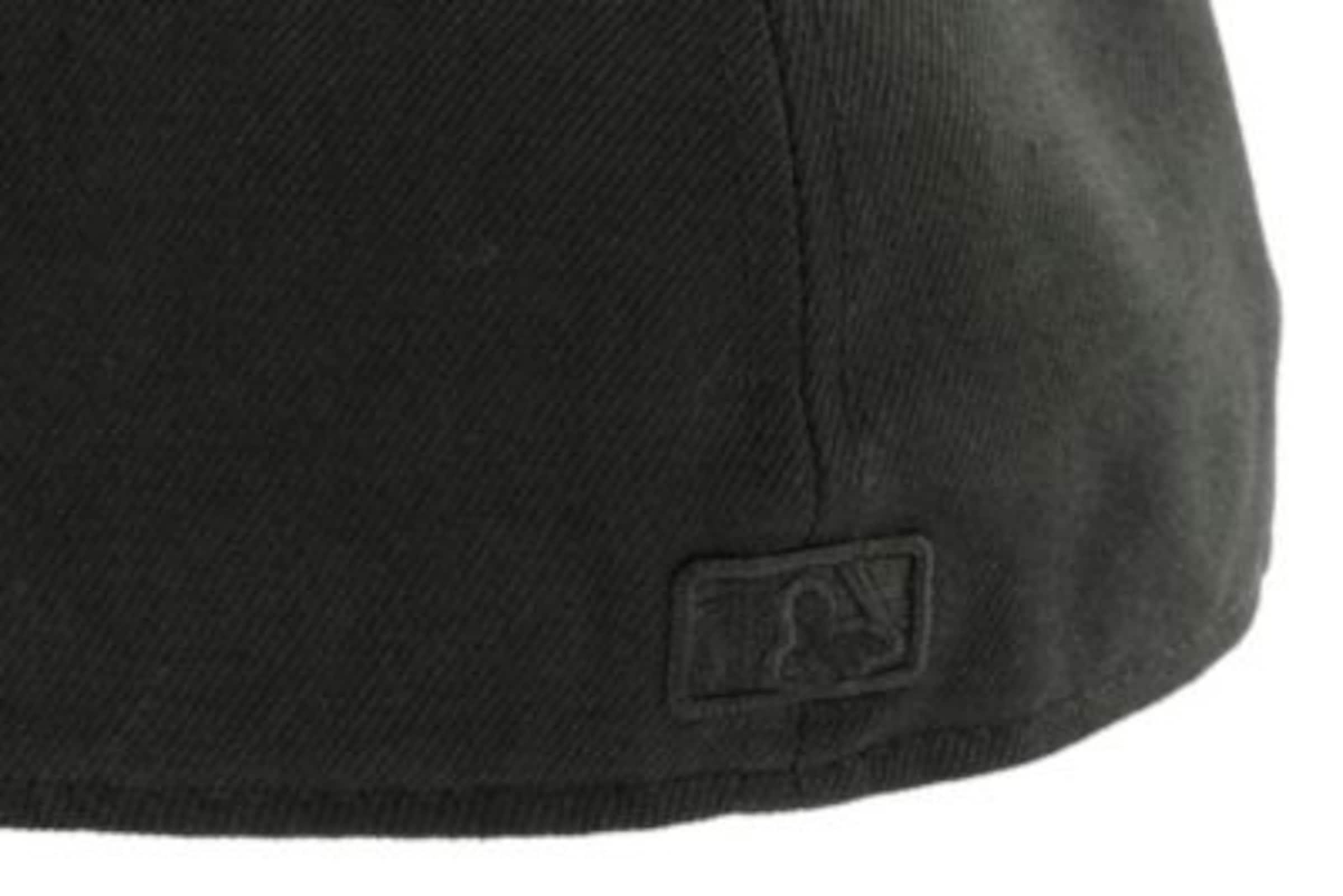 Komfortabel Günstiger Preis 100% Original Günstig Online NEW ERA Cap '59FIFTY Black on Black New York Yankees' Freies Verschiffen Neue Stile Schnelle Lieferung Echt SGLtz