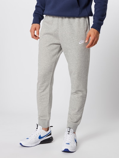 Nike Sportswear Sweathose in grau, Modelansicht