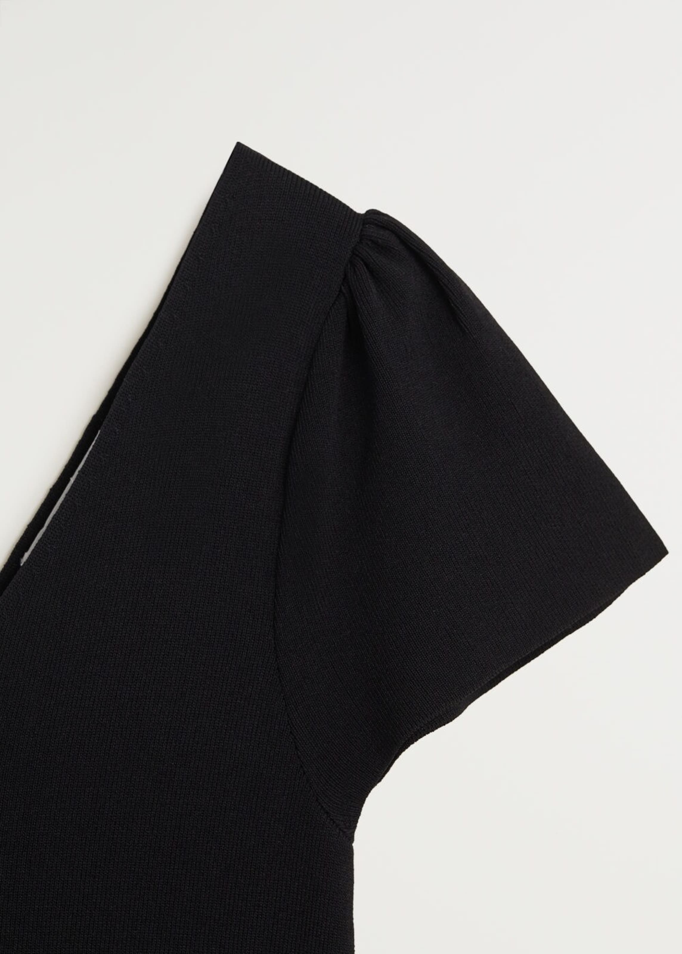 MANGO Nyári ruhák fekete színben