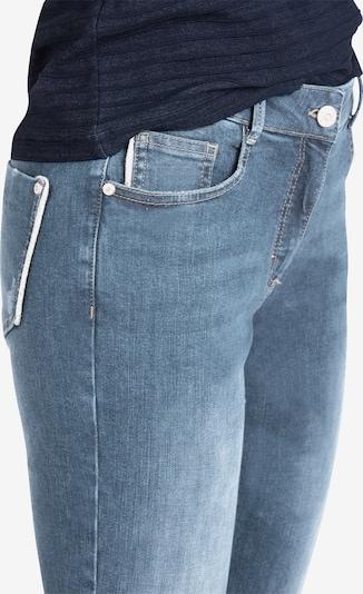 Public Slim Fit-Jeans mit offenem Saum in blau, Produktansicht