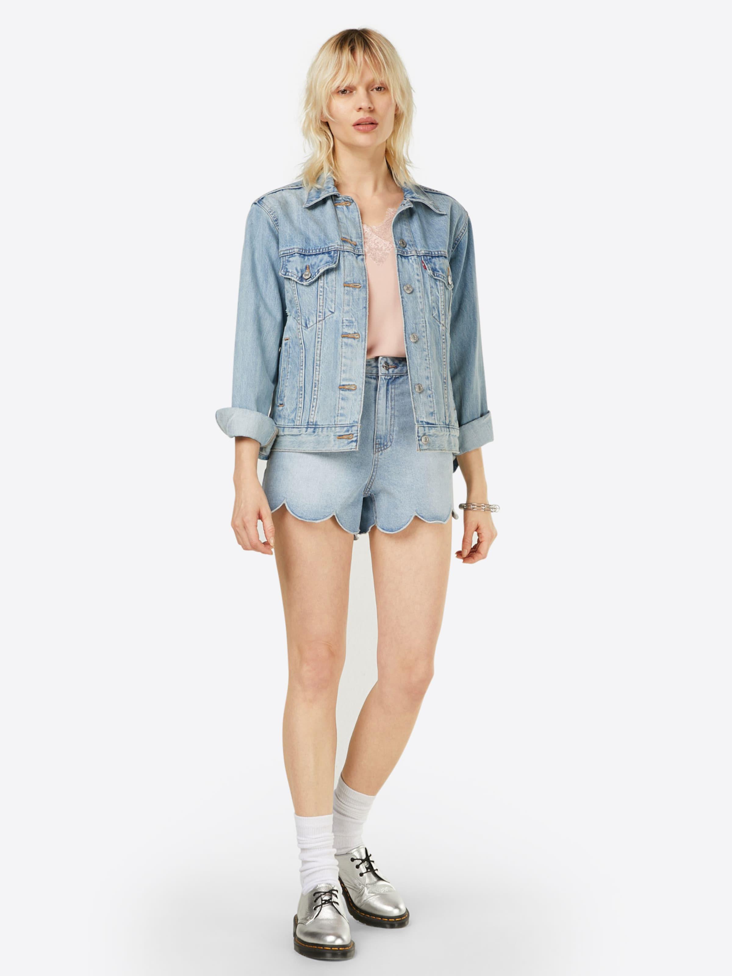 VERO MODA Top 'MILLA' Steckdose Neu Rabatt Shop-Angebot 100% Original Online 57paaTdPzX