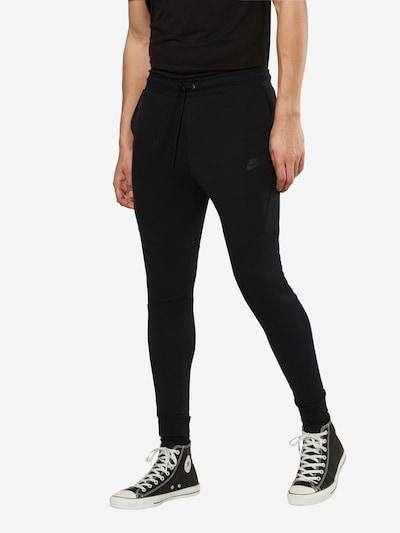 Nike Sportswear Sweathose in schwarz, Modelansicht