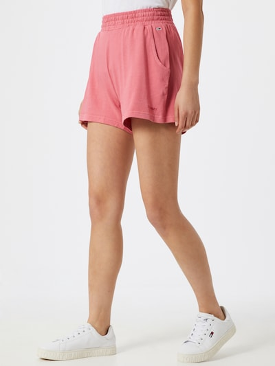 Tommy Jeans Shorts 'TJW SWEAT SHORT' in pink / rosa / rot, Modelansicht