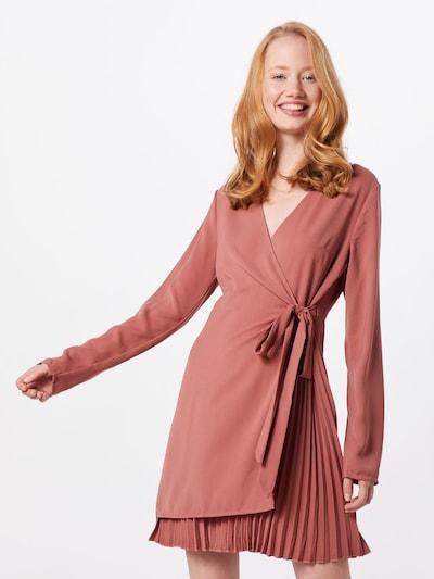 NA-KD Kleid 'overlapped pleat detailed mini dress' in rosa, Modelansicht