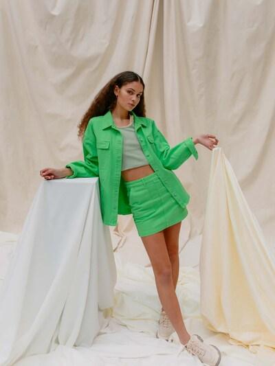 LeGer by Lena Gercke Tussenjas 'Dana' in de kleur Lichtgroen, Modelweergave