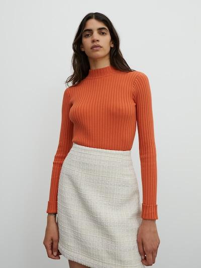 EDITED Pullover 'Jannice' in orangerot, Modelansicht
