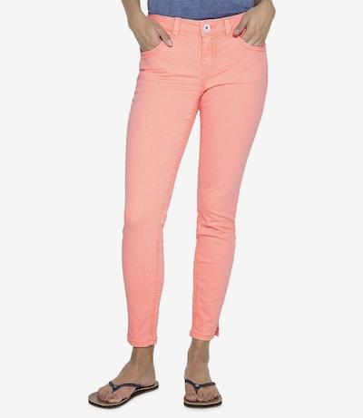 Soccx Coloured Denim in pastellorange, Modelansicht
