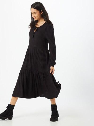 Noisy may Kleid in schwarz, Modelansicht