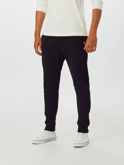 Lyle & Scott Sweatpants in schwarz, Modelansicht