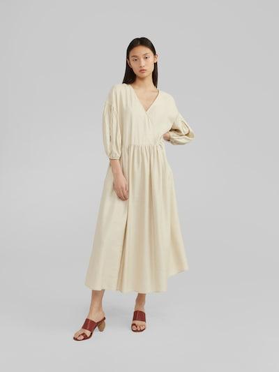 EDITED Kleid 'Lamya' in weiß / offwhite, Modelansicht