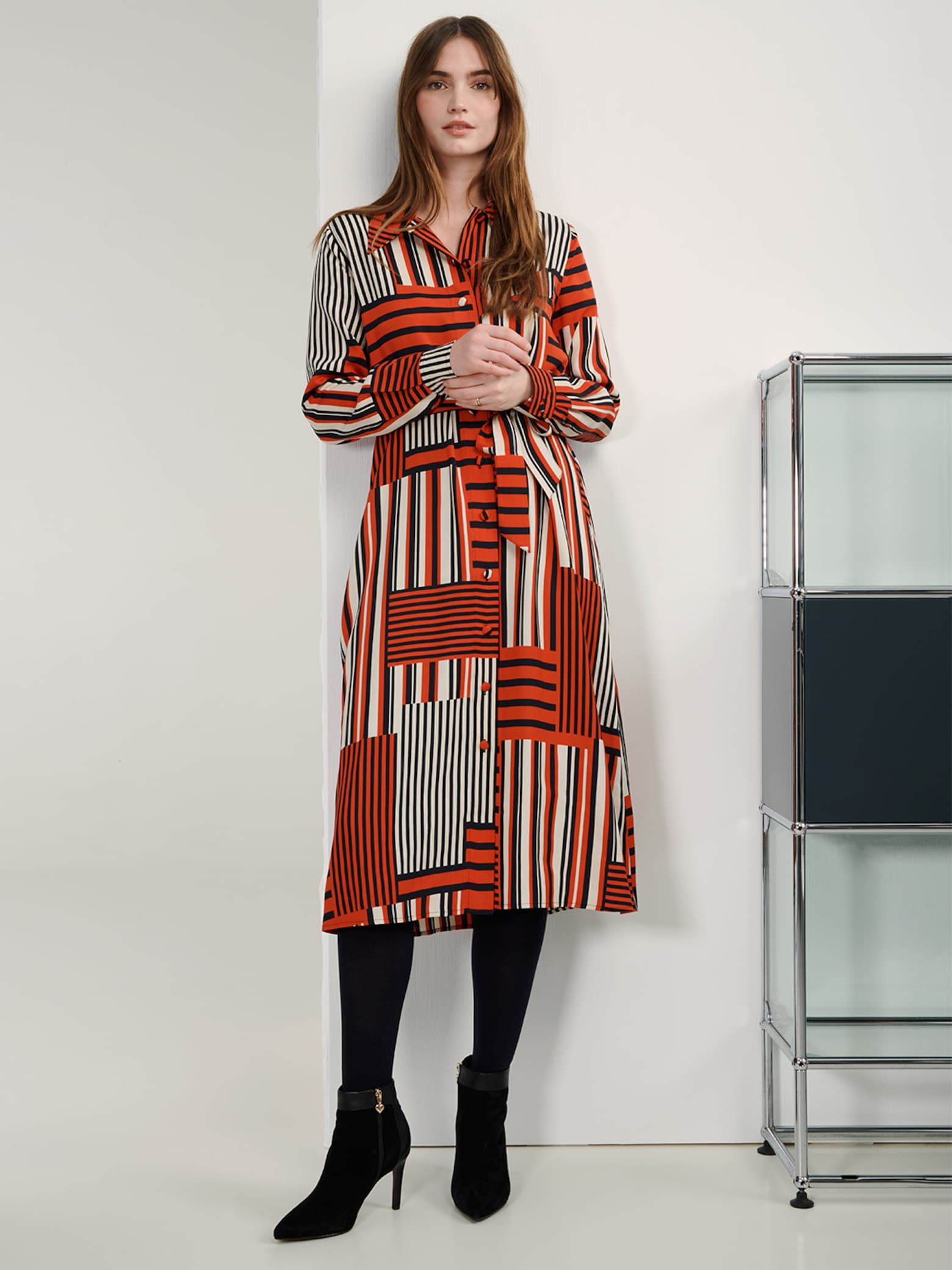 Dalia - Red Business Shirtdress