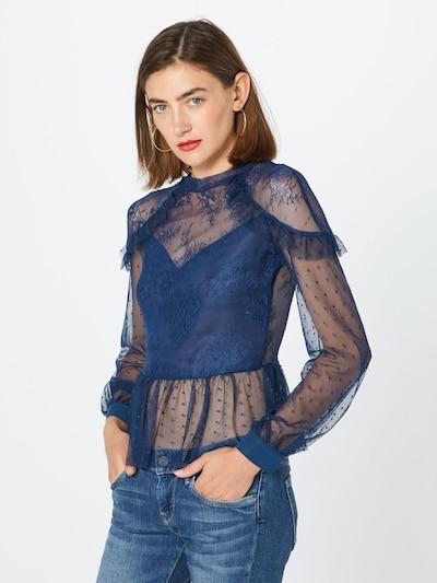 Bardot Bluse in blau, Modelansicht