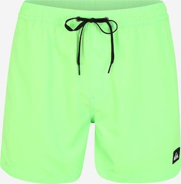 QUIKSILVER Ujumispüksid 'EVDAYVL15 M JAMV GCZ0', värv roheline