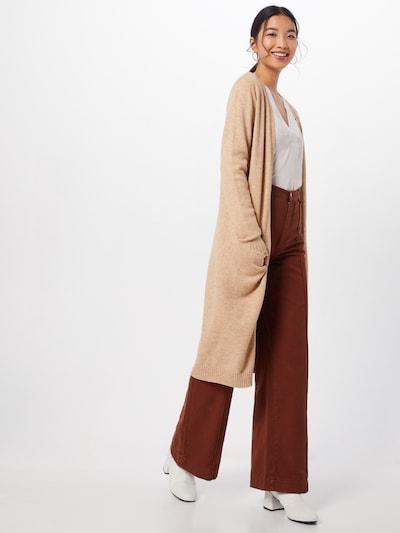 VILA Strickcardigan 'Ril' in beige, Modelansicht