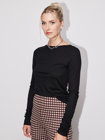 LeGer Checkered Pants Look