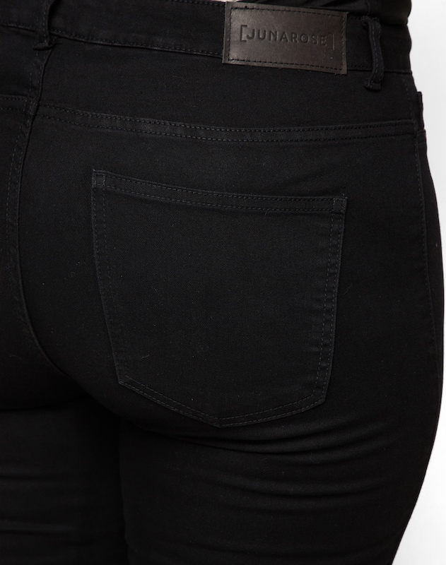 Junarose 'Jrqueen' Jeans