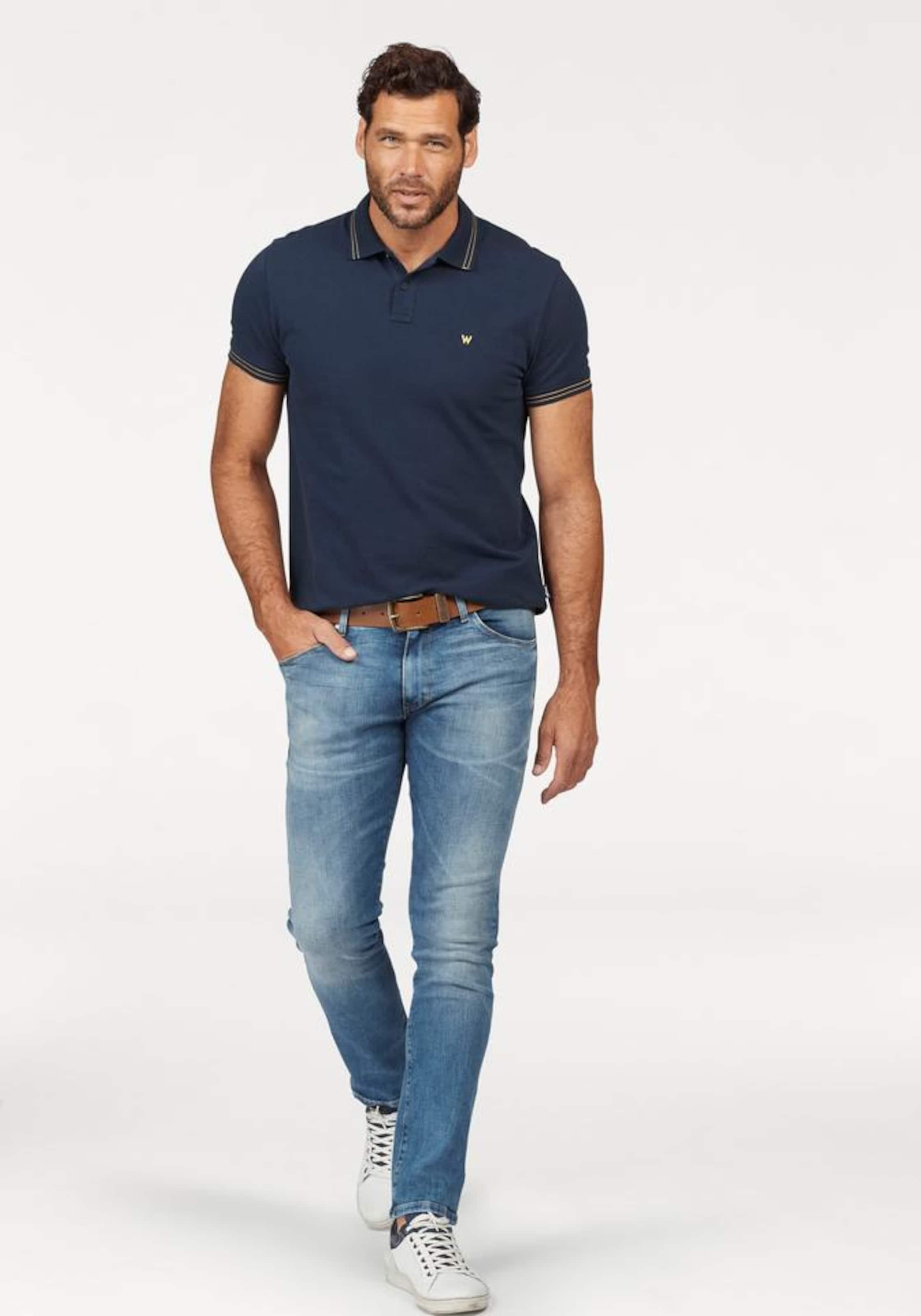 Billig Verkauf 100% Authentisch WRANGLER Slim-fit-Jeans 'Larston' Freies Verschiffen Empfehlen Modisch Günstig Kaufen Modisch Footaction Online 9dDarV5