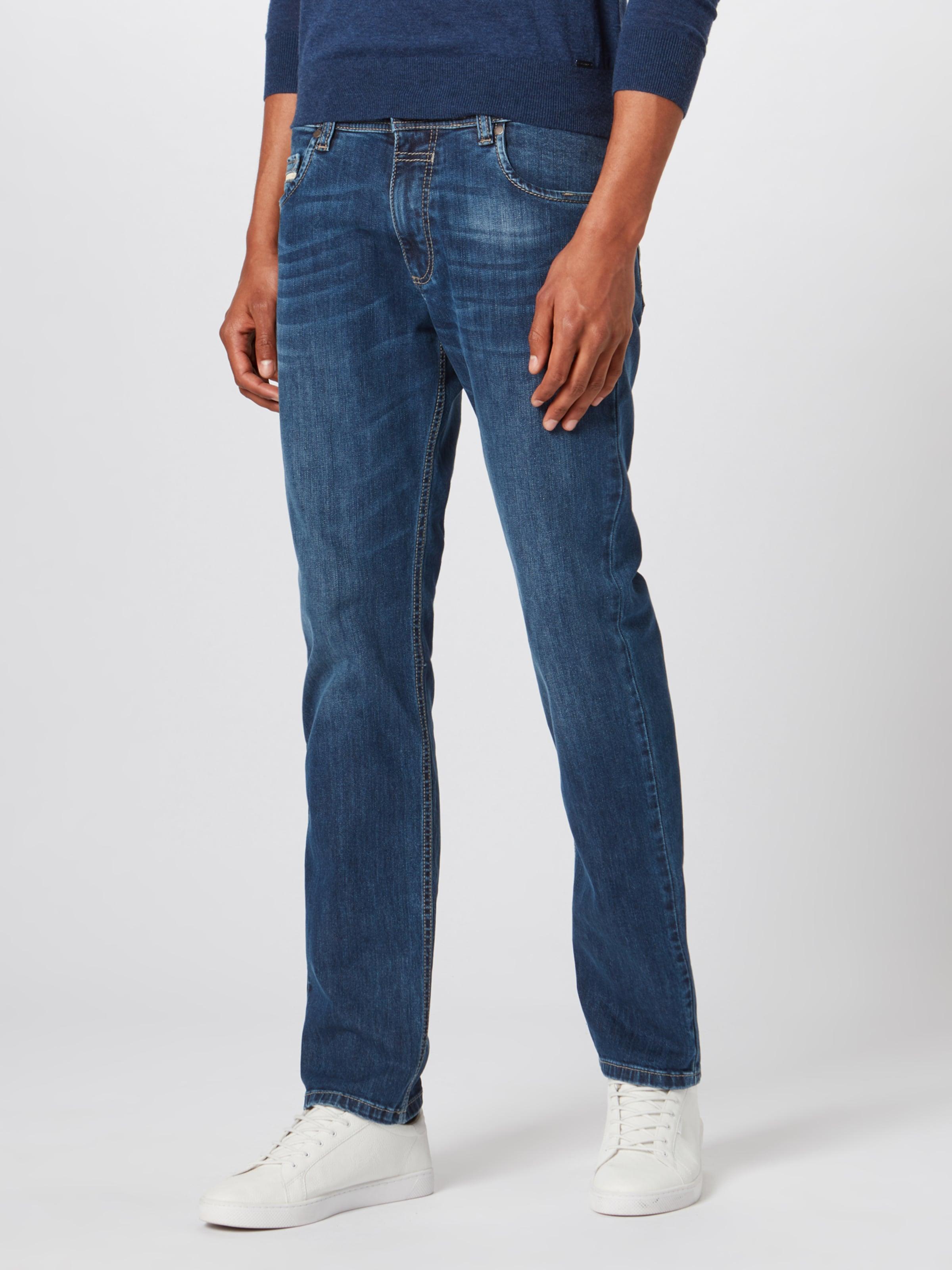 bugatti Jeans in blue denim Jeans BUG0455001000004