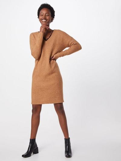 Megzta suknelė 'VMBLAKELYIVA' iš VERO MODA , spalva - ruda, Modelio vaizdas