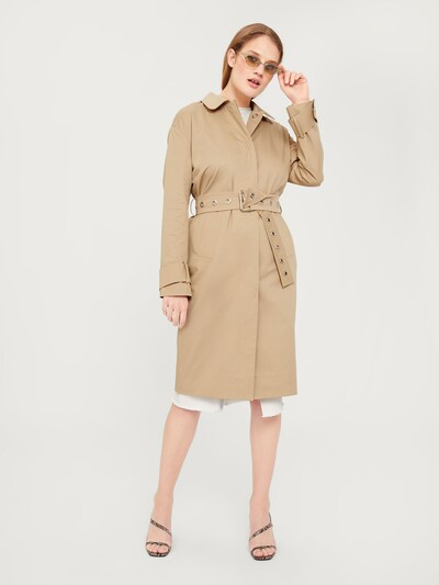 EDITED Trenchcoat 'Romy' in beige, Modelansicht
