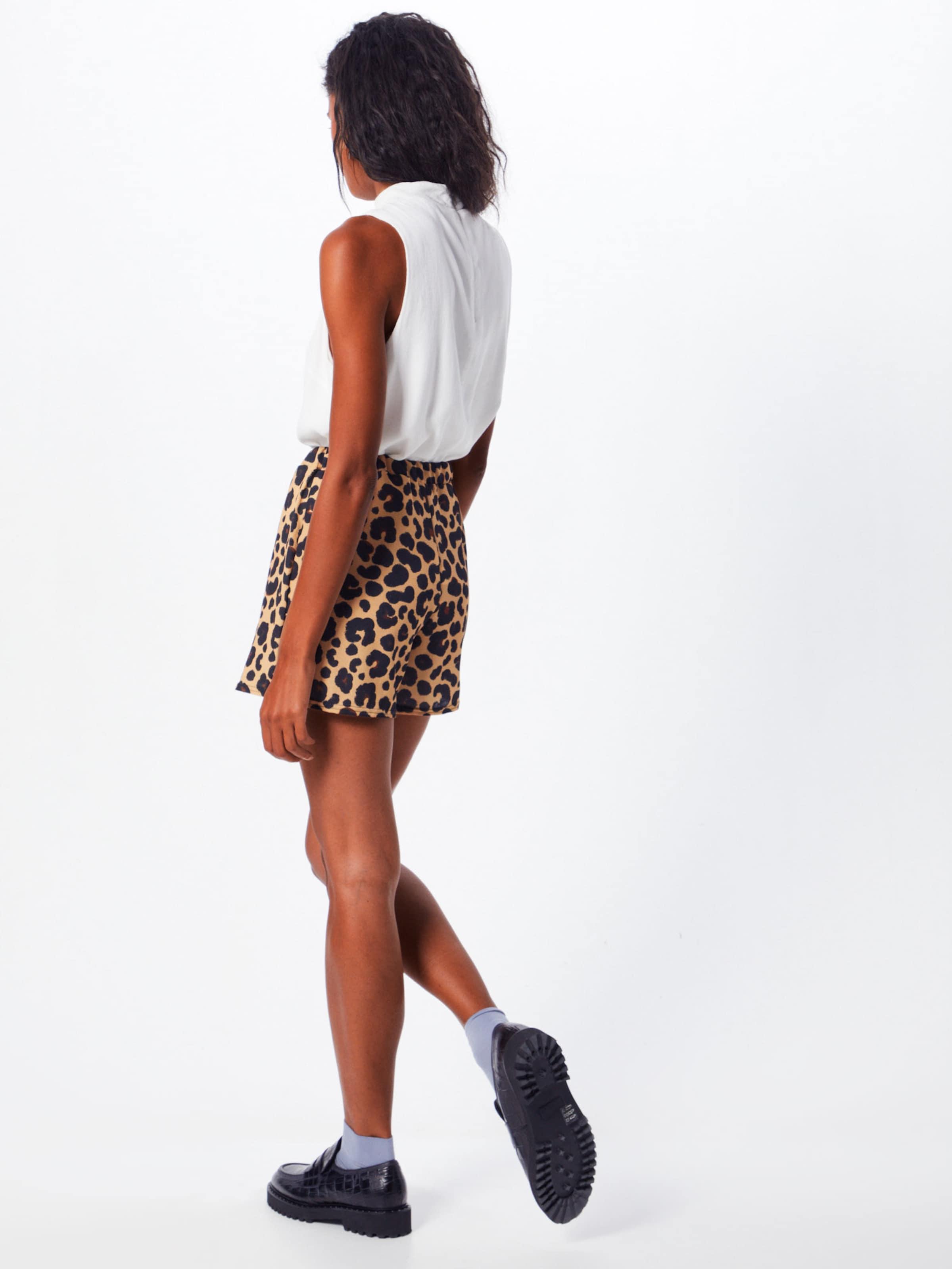 Boohoo Chinobyxa 'LEOPARD' i brun / svart
