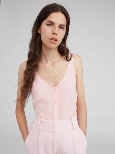 EDITED Blusentop 'Kendra' in pink, Modelansicht