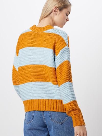 PIECES Pulover 'PCINA'   oranžna barva: Pogled od zadnje strani