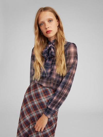 EDITED Bluse 'Lari' in blau / rosa, Modelansicht