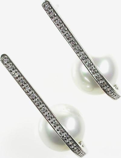Orquidea Perlenohrringe 'Liv' in silber / weiß, Produktansicht