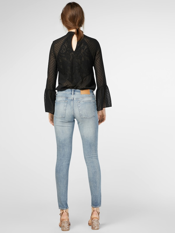CHEAP MONDAY Low Skin Skinny Jeans