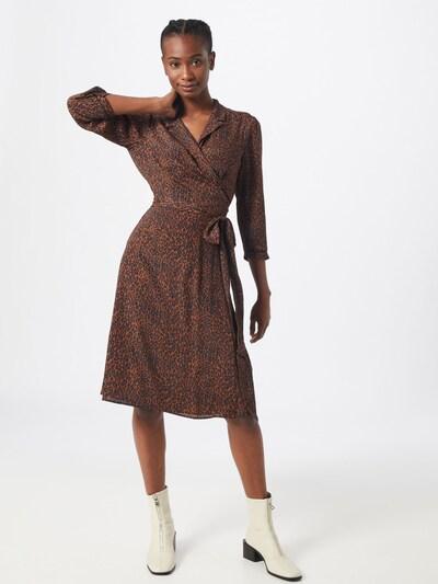 SET Kleid in rostbraun / schwarz, Modelansicht