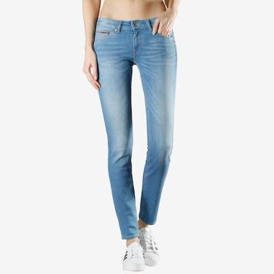 Tommy Jeans Džinsi pieejami zils džinss, Modeļa skats